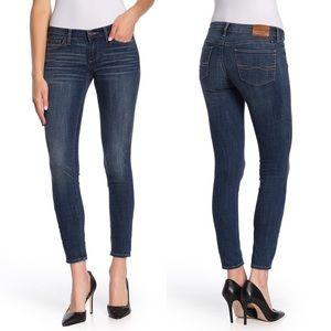 Lucky Brand Charlie Skinny Dark Wash Jeans 26